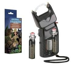 animal defender dissuasore con spray peperoncino